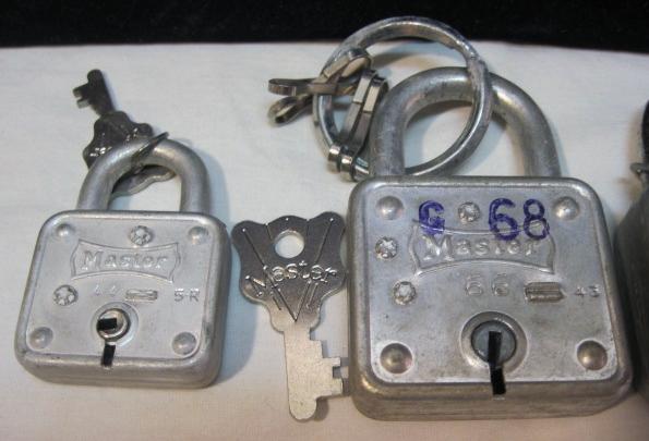 Vintage Master Lock Padlocks Lot 44 66 77 Keys Lion Head Pad Locks